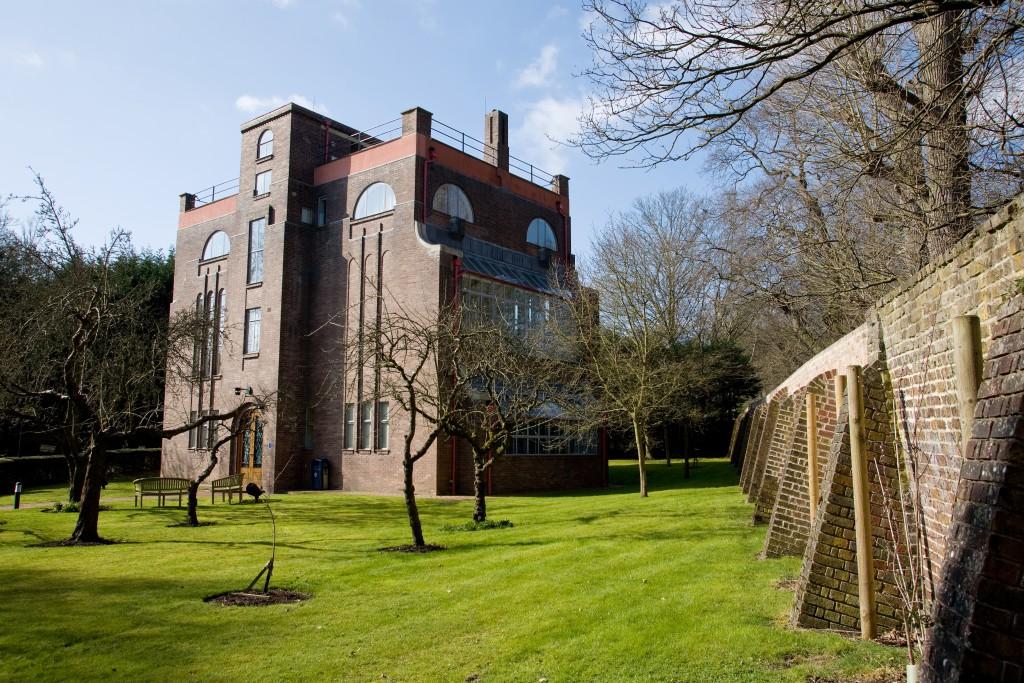 Dorich House, Kingston Hill