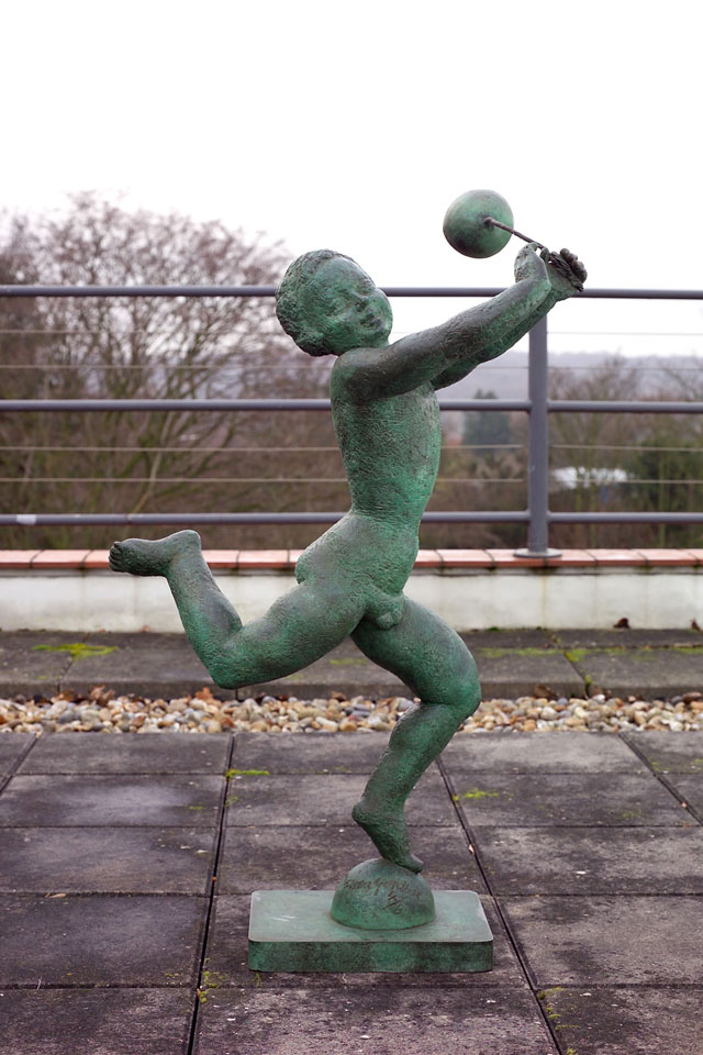 Dora Gordine, Running Boy with Balloon, bronze, 1964-65