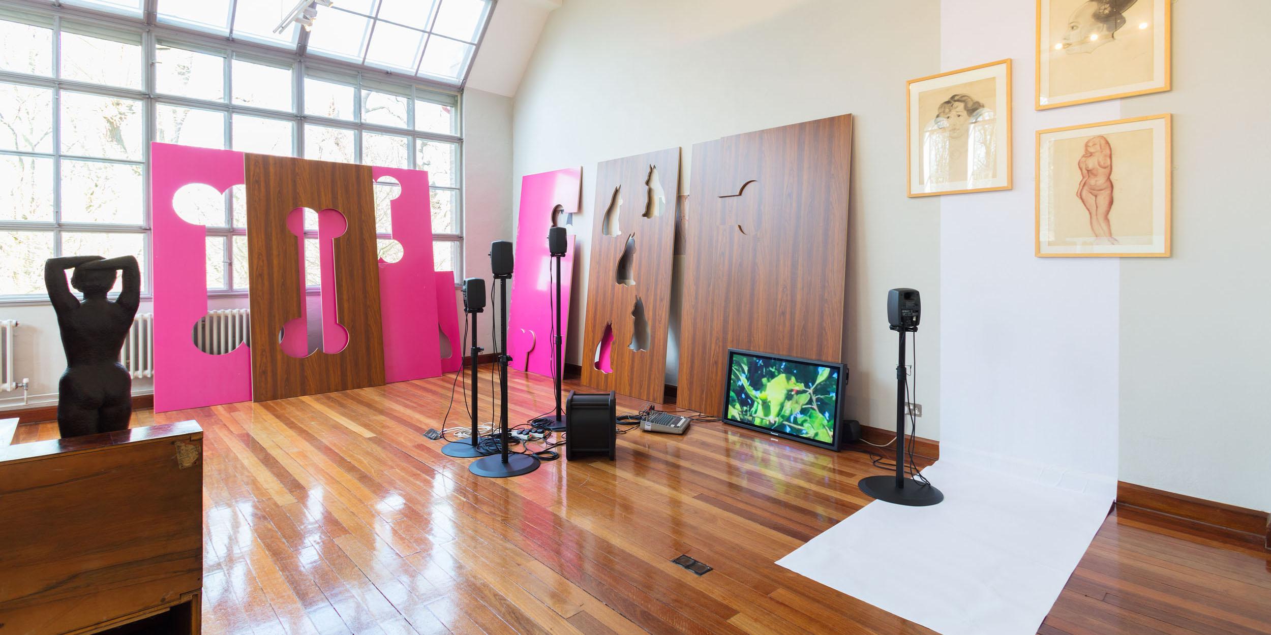 Hilary Lloyd - Awful Girls exhibition. Dorich House Museum, modelling studio.